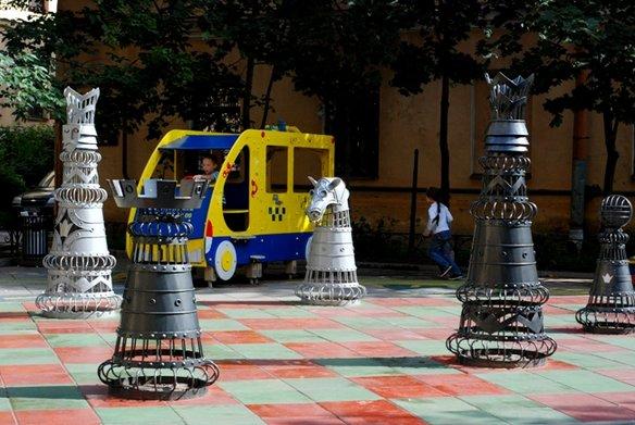 шахматный дворик петербург
