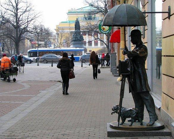 памятник фотографу петербург